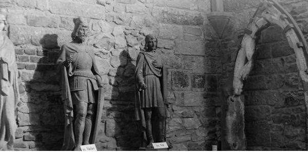 Výsledek obrázku pro mc gee ghost tours of prague